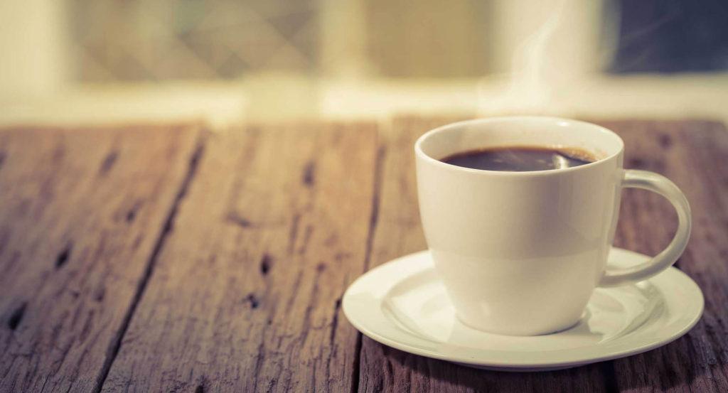 Il Caffè ingiallisce i denti